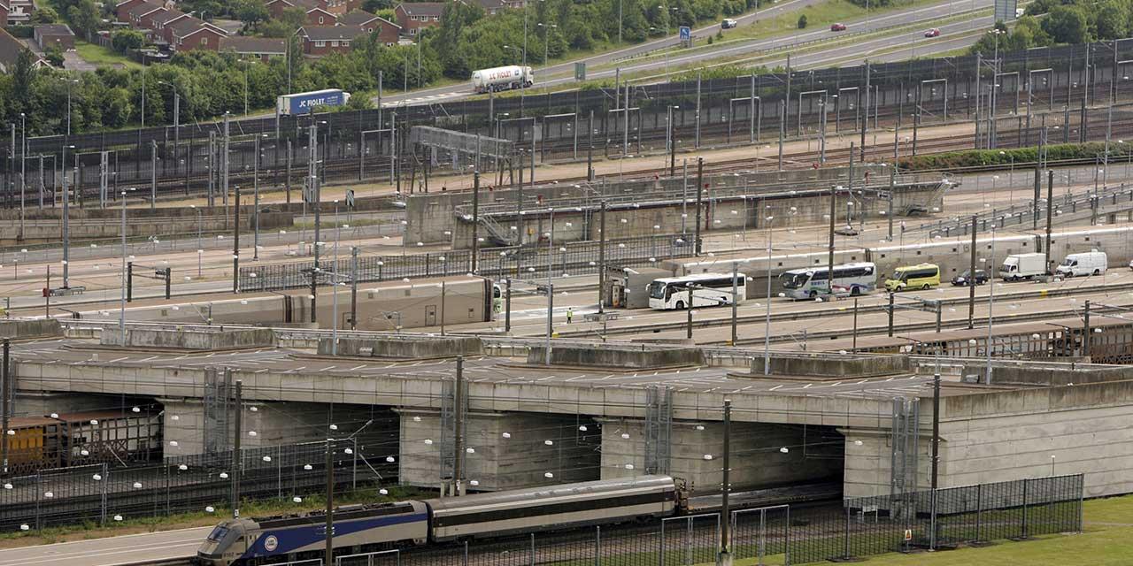 eurotunnel 2 essay