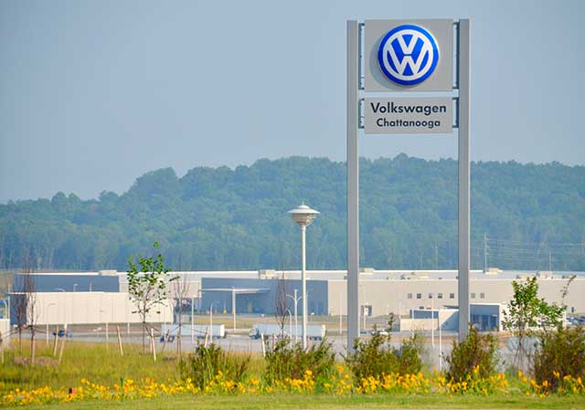 Reflecting the lack of popularity of organized labor today, workers voted against unionizing at Volkswagen's Chattanooga, Tennessee, production site in 2009. (NADJA BRANDT/BLOOMBERG/GETTY IMAGES)