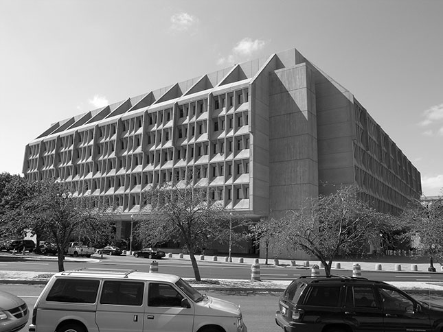 Brutal Washington: Hubert H. Humphrey Department of Health and Human Services Building (1977), by Marcel Breuer (Photo: Courtesy of Author)