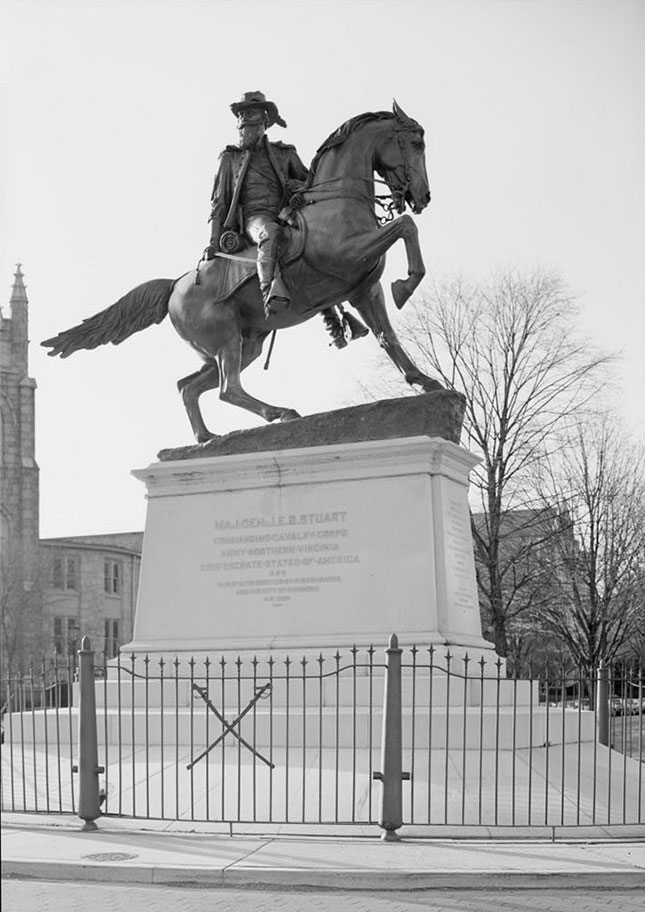 A vintage photo of the 1907 J. E. B. Stuart monument (Library of Congress, Prints and Photographs Division, HABS)