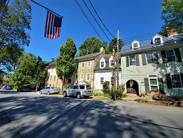 The tiny village of Waterford, Virginia, has both detached houses and rowhouses.