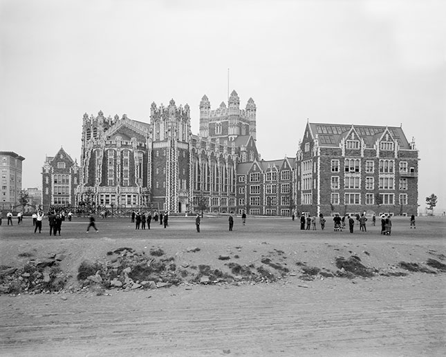Founded in 1847, City College, shown here in 1910, was the first free public higher-education institution in the United States. (UNIVERSAL HISTORY ARCHIVE/UNIVERSAL IMAGES GROUP/GETTY IMAGES)