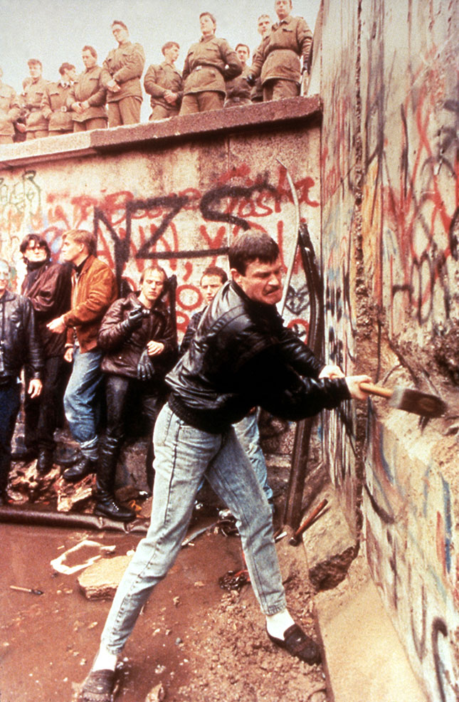 After the fall of the Berlin Wall in 1989, Europe sought to retire from history—but history is now grabbing Europeans by the collar. (Photo: Pictorial Press Ltd / Alamy Stock Photo)