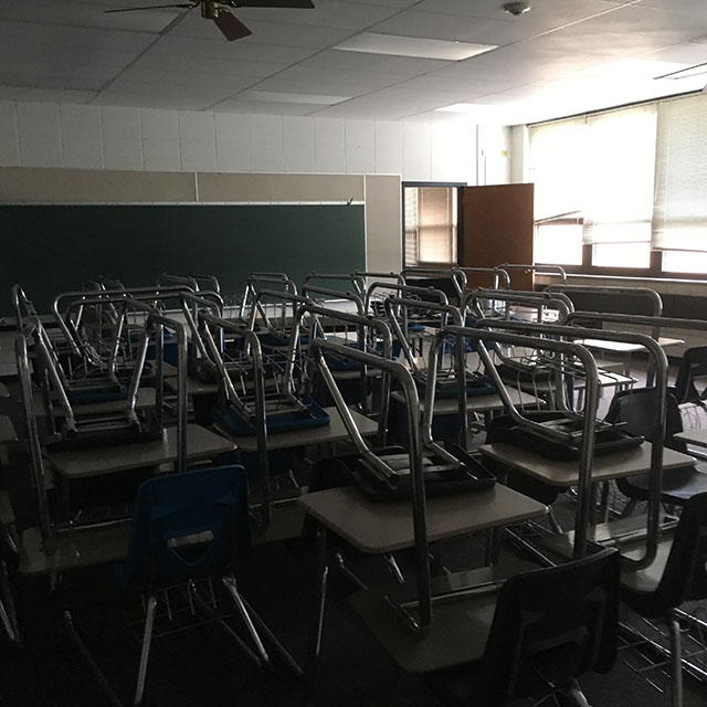 Holy Cross Catholic School, Deerfield, Illinois (Photo courtesy of author)