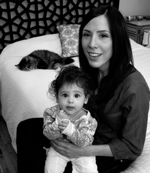 Onetime magazine editor Camille Noe Pagán makes more money as a freelance writer and can spend more time with her daughter.