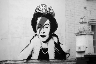 Her Majesty as Ziggy Stardust, stenciled on a wall in Bristol