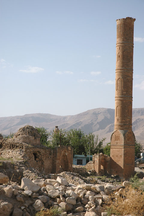 The ruins of a mosque that could be annihilated by the Ilısu Dam