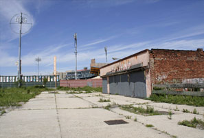Swaths of Coney Island and other attractive sites remain barren, . . .