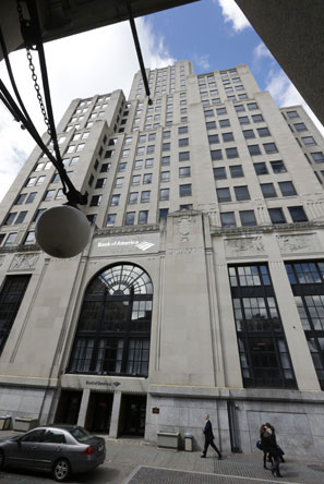 Providence's Bank of America building, once a business hub, now stands empty. (Steven Senne/ AP Photo)