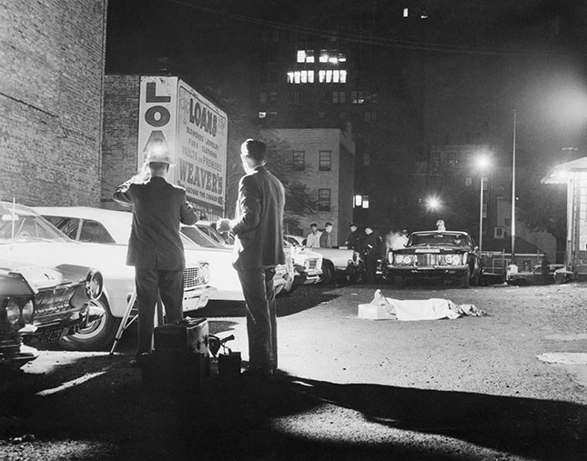 A Times Square murder scene, 1964: an unprecedented rise in crime during the decade drew Wilson's scholarly attention to the issue of policing. (BETTMANN/GETTY IMAGES)