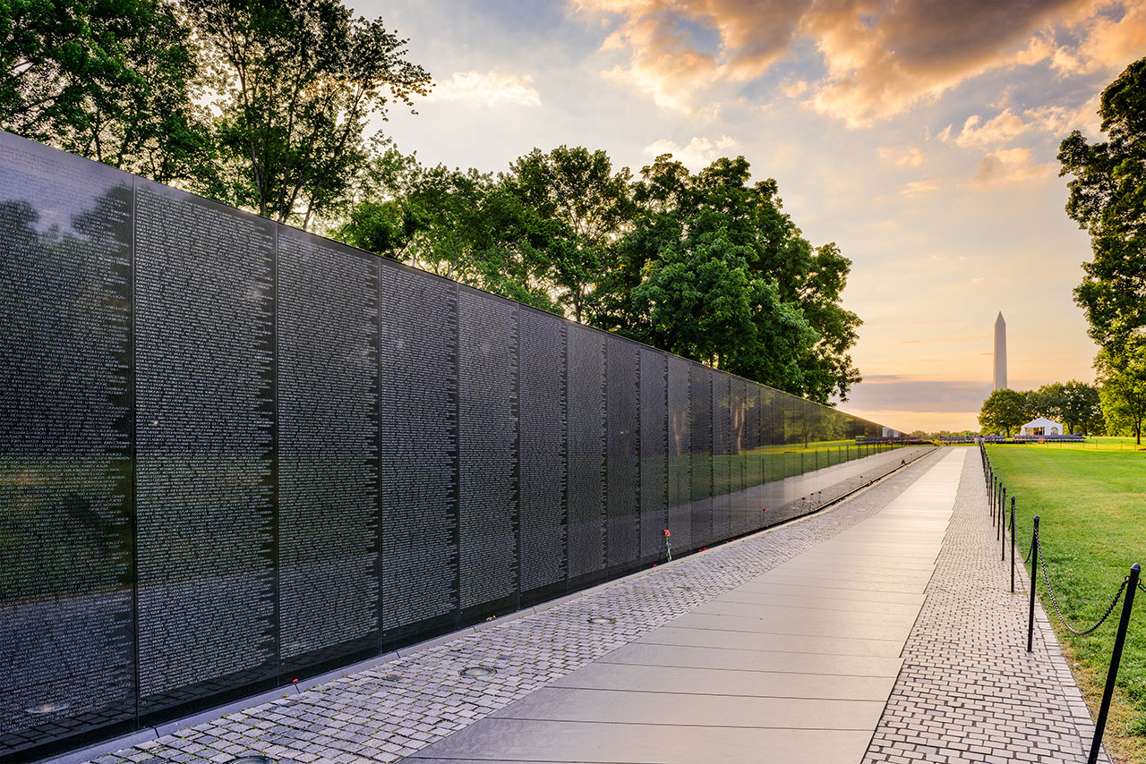 The Power Of A Name The Vietnam Veterans Memorial At 30 City Journal